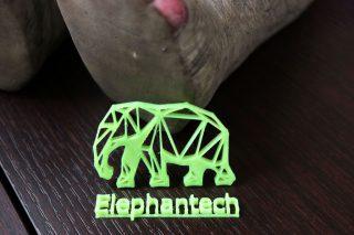 Tarantulaで印刷したエレファンテックのロゴです。オフィス入口のぞうさんの足元に
