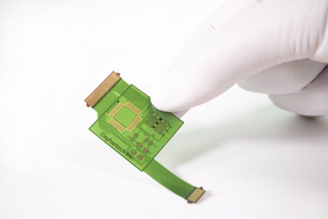 「量産品での採用メリット-フレキシブル基板 P-Flex®」を追加しました。