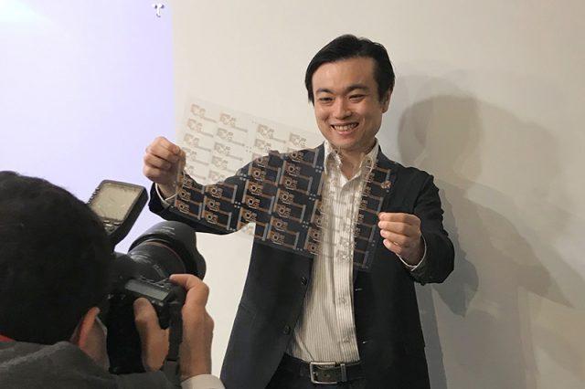【メディア掲載紹介】日経ビジネス:地球を救う「シン・メッキ」 水使用量10分の1の電子回路基板